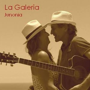 La Galeria - It starts with a reflection