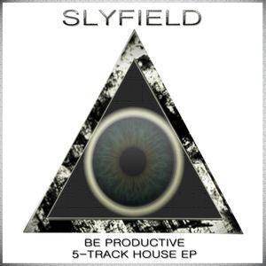 Slyfield - Major Tom's An Acid Junkie