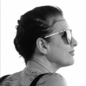 Linda Pagnini - Hand In Mine