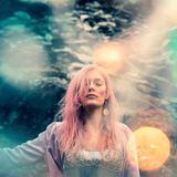 LUNA - Hello Earth