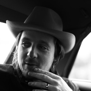 The Front Porch - Sturgill Simpson interview