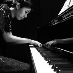 SiHyun Uhm - Stirring of a Sparkle for Violin and Piano