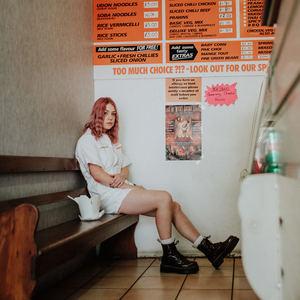 Lauran Hibberd - Frankie's Girlfriend