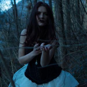 Elle Noir - Blue Shadow