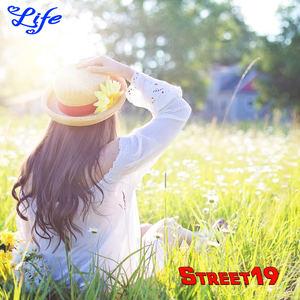 STREET19 - Life