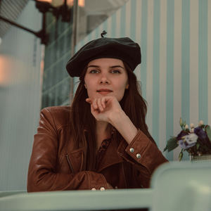 Ella Janes - Travelling