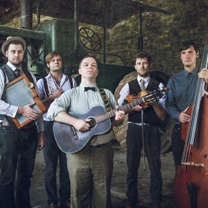 The Holcombe Family String Band